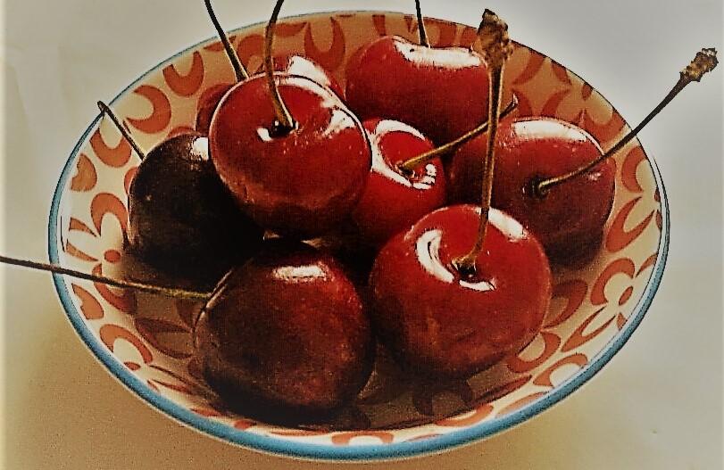 Kirschen und Binden bei EDEKA